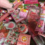 かわいいピンクの駄菓子が大集合!#駄菓子女子でインスタ投稿しよう